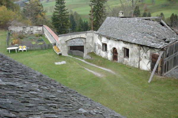 Schloss Trautson Waschkueche vorher